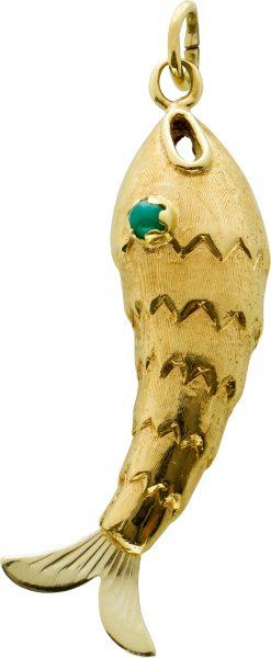 Antiker Anhänger Fisch Form grünen Achaten Gelbgold 750 Edelsteinschmuck