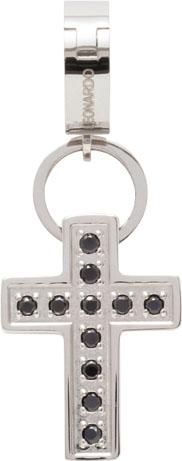 Leonardo  Anhänger schwarz Glizz Darlin´s Modell Nr. 013992  Das Kreuz als stylischer Anhänger feiert sein Comeback. Kleine schwarze Kristallsteine die per Hand eingesetzt sind, lassen es noch mehr strahlen und funkeln.  Ein absolutes Schmuckstück aus d