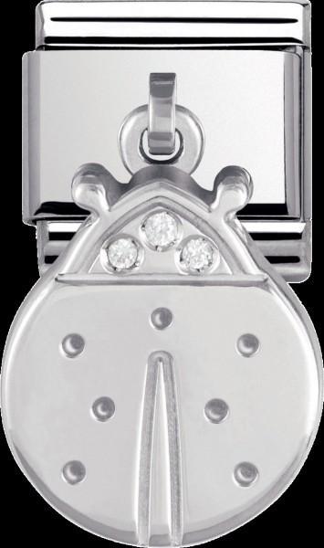NOMINATION Marienkäfer- Charm,  Modellnr.: 031710-01  der Anhänger besteht ansonsten aus  Edelstahl mit  einem Silberanhänger, der mit  3 Zirkonia besetzt ist, seine Breite und Höhe sind 10mmx9mm. Er ist genau passsend auf alle trendigen Armbänder  der Ma