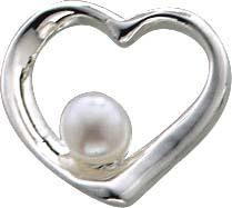 Anhänger aus echtem Silber Sterlingsilber 925/-. Herzanhänger mit einer wunderschönen schimmernden weißen Süßwasserzuchperle, Durchmesser der Perle 5 mm, Durchmesser des  Anhängers  15 mm – in Markenqualität und zum Toppreis bei Ihrem Juwelier Ihres Vertr